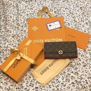 SALE❗️Like New Authentic LV Flore Wallet